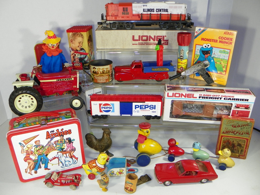 Mike Peterson Auctioneers - Timed Lionel Trains, G Figures